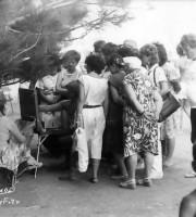 На набережной в г.Алушта 1980гг.