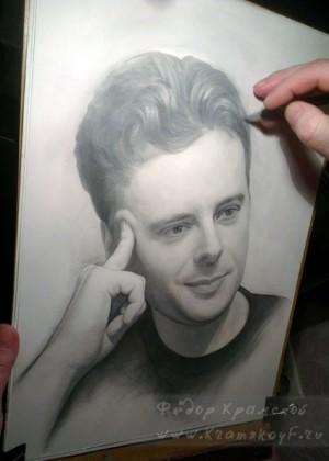 мужской портрет карандашом